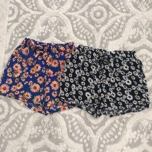 Pants - Bundle Daisy Print Shorts